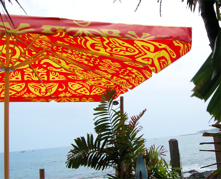 Huggo's outdoor umbrellas